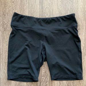 Old Navy active black biker shorts size XL